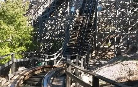 Der renovierte Aufstieg (anklicken zum vergrößern)