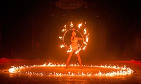 Feuer ist eines der makanten Merkmale der Show