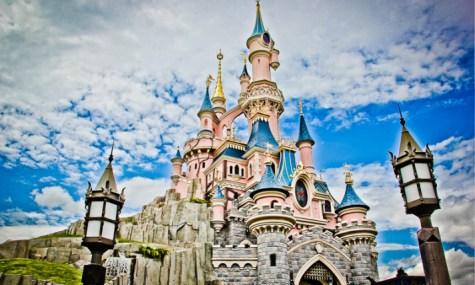 Das Markenzeichen des Disneyland Paris