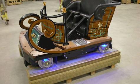 So werden die Züge der neuen Holzachterbahn einmal aussehen.