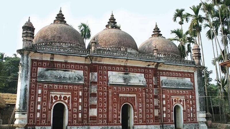 A Historical Jinn Mosque in Bangladesh