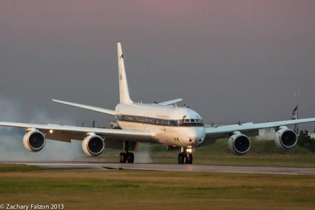 NASA 817 DC-8