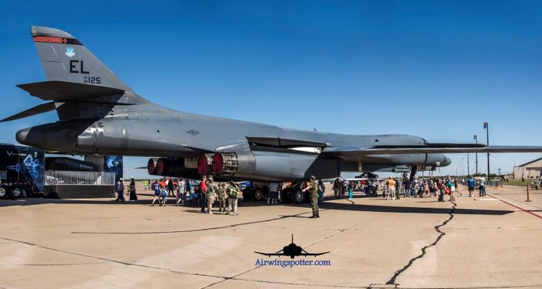 Photo Ellsworth AFB visiting B-1B