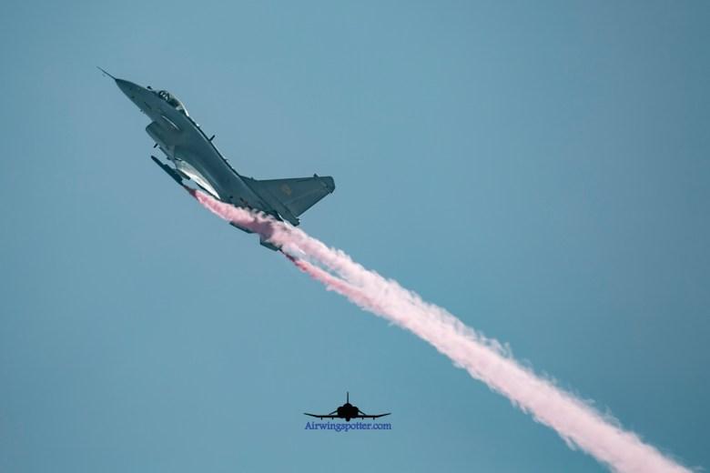 J-10B pitch up take off