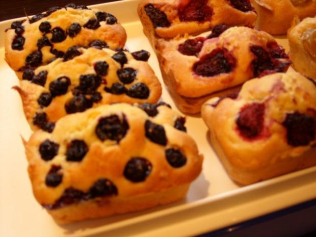 Kleine Formen Buttermilch  Frucht  Kuchen  Rezept  kochbarde
