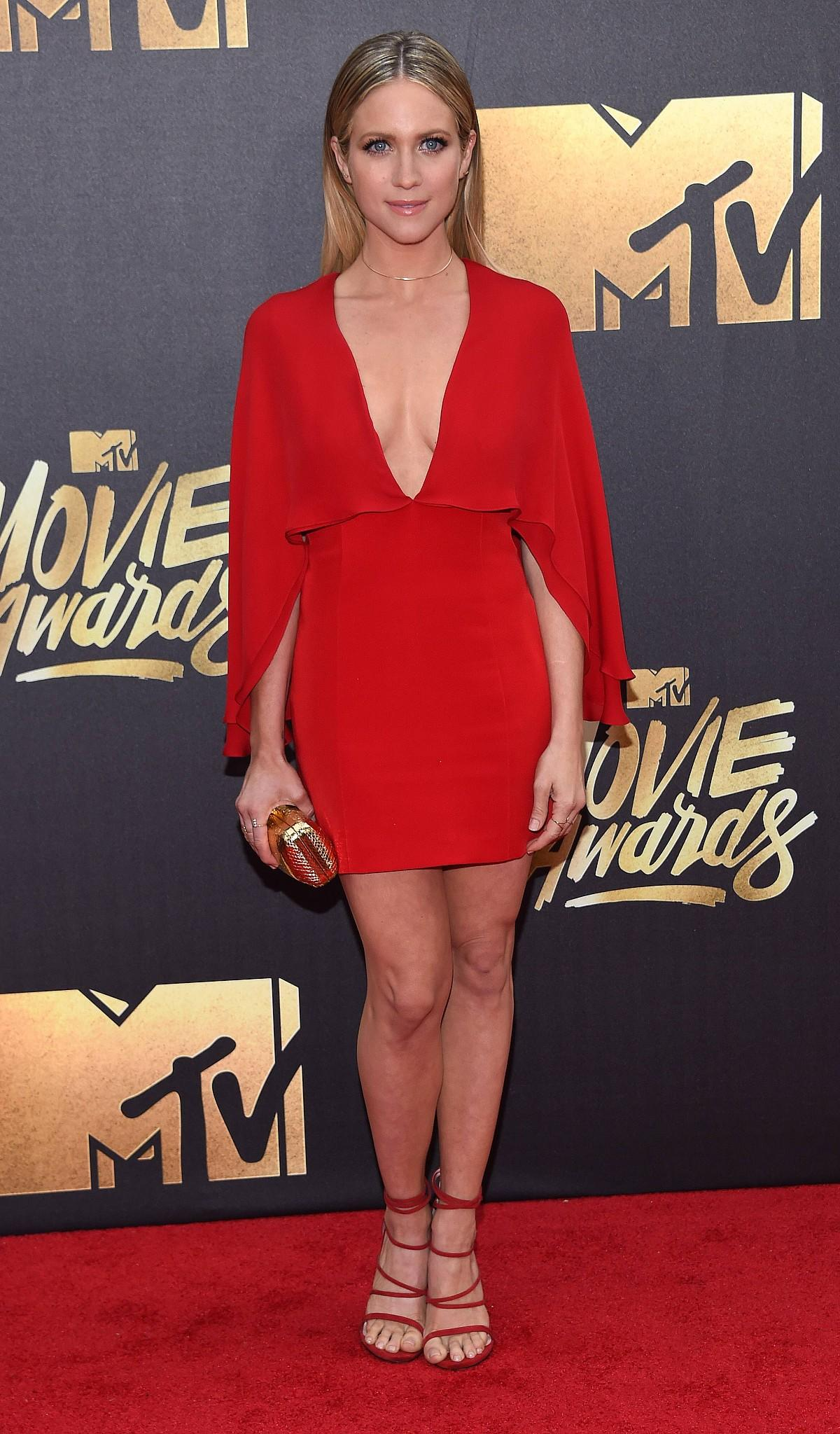 Roter Teppich Look Mtv Movie Awards 2016 Die Looks Vom Roten Teppich