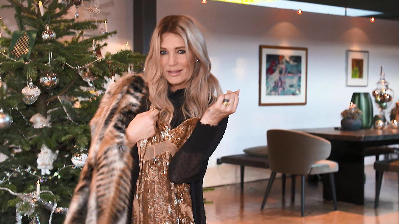 Sarah Kern zeigt uns ihre LuxusVilla Sohn Romeo 8 gehren gleich drei Zimmer