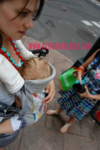 Breastfeeding on the streets of NYC. #motherhood is beautiful in every city
