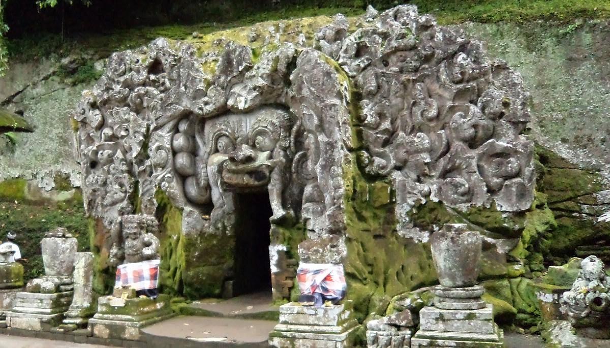 10 Gambar Goa Gajah Bali Gianyar Ubud Tiket Masuk Wisata