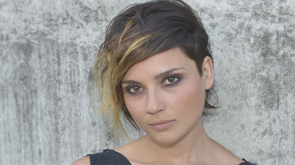 So Ist Die Neue Frisur Von GZSZ Star Linda Marlen Runge Entstanden