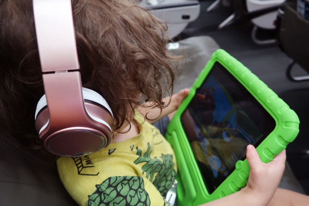 10 Essentials for Easy International Travel with Toddlers