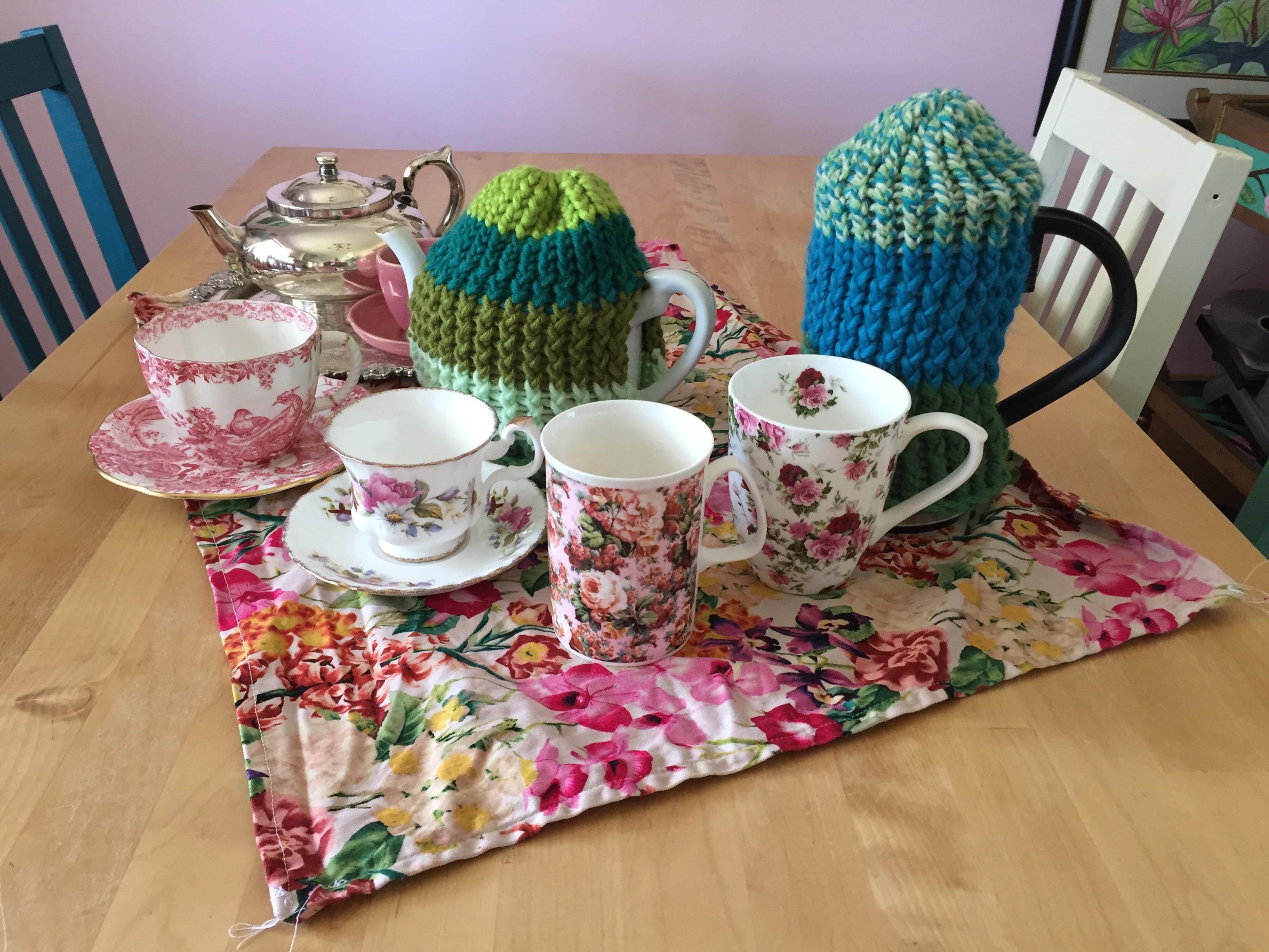 Loom Knitting Tea Cosies