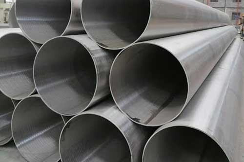 Fluid Conveying Welded Pipe