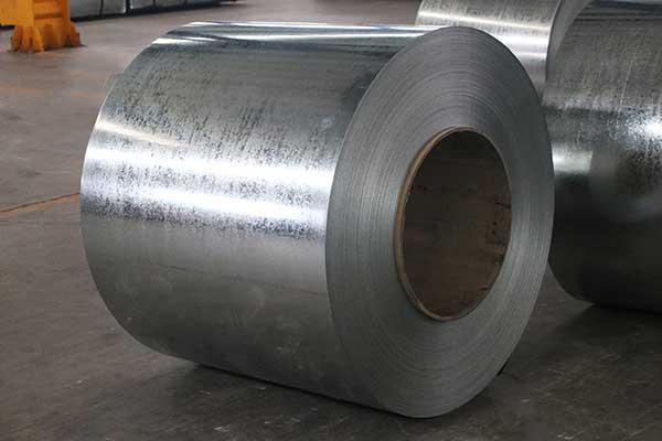 Aço galvanizado por imersão a quente