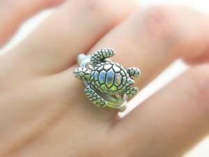कछुए वाली अंगूठी क्यों पहने और उसके फायदे
