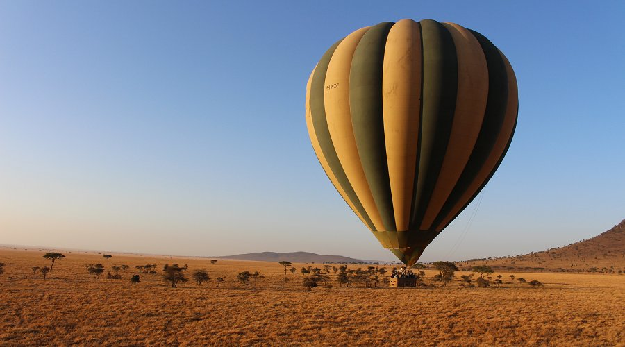 Hot air balloon safari in Serengeti National Park