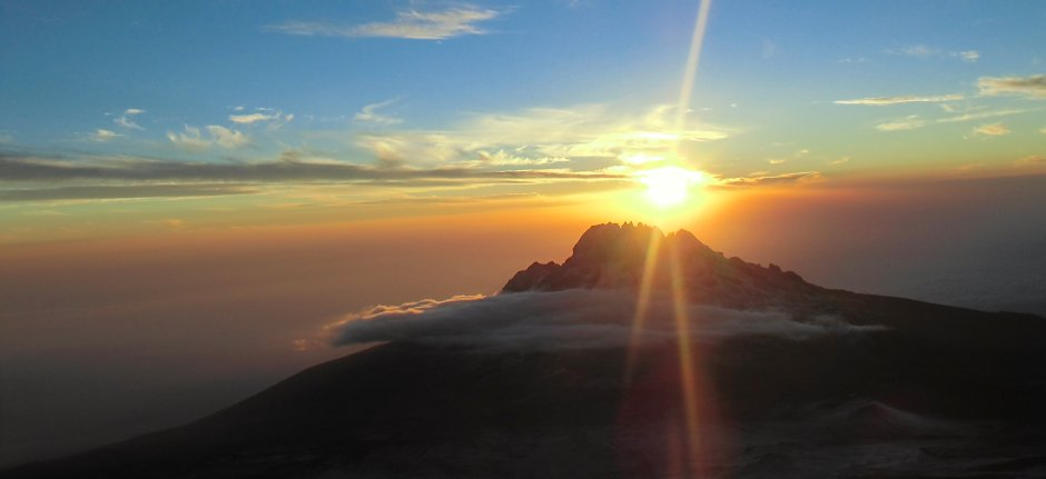 Climb the roof of Africa, the Kilimanjaro in Tanzania