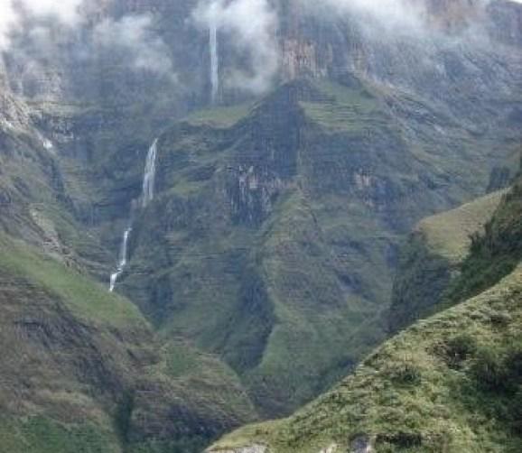 Tugela Falls, Africa Selatan