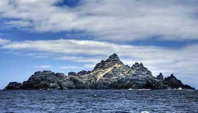 Pulau yang Dapat Membelah dan Menyatu Kembali