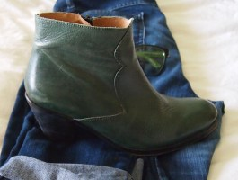 Bottle green ankle boots!