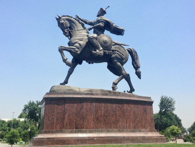 A monument to Amir Timur in Tashkent's eponymous square (formally Konstantine and Revolution Square).