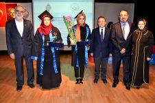DSC 2549 - 2015-2016 Akademik Yılı Mezuniyet ve İzzet Baysal Vakfı Ödül Töreni…