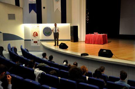 DSC 0405 - AİBÜ'de Maddesel ve Eylemsel Bağımlılıklar Konferansı…