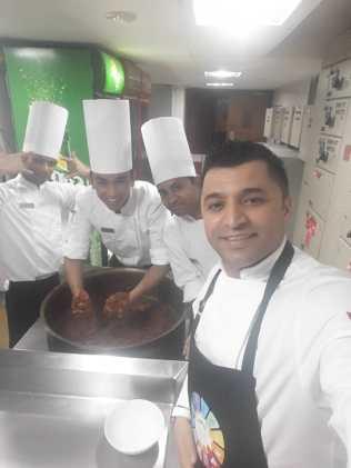 8 - Hindistan'da Türk Mutfağını Tanıttı