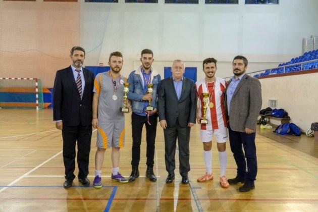 DSC00425 - Üniversite İçi Salon Futbol Turnuvası'nda Şampiyon BESYO...