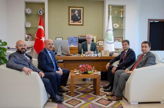 DSC 6897 - Kamu-Sen'den Rektör Alişarlı'ya Ziyaret