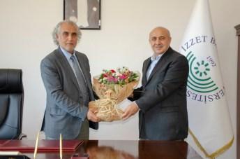 DSC 2561 - BAİBÜ İlahiyat Fakültesi Dekanlığında Devir Teslim Töreni Düzenlendi