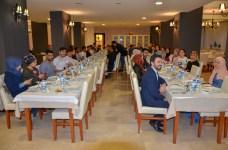 DSC 3437 1 - Rektör Alişarlı, Mimarlık Fakültesi ve TÖMER Öğrencileriyle İftar Yaptı
