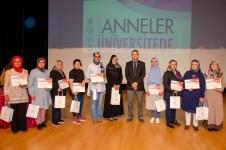 DSC 7182 1 - Üniversitemizde Annelere Özel Düzenlenen Eğitim Programı Başarıyla Tamamlandı
