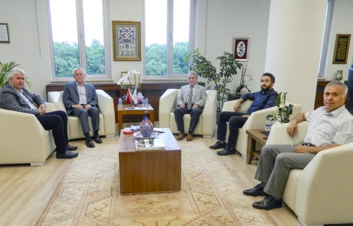DSCN0295a - 15 Temmuz Panelistlerinden Rektör Alişarlı'ya Ziyaret