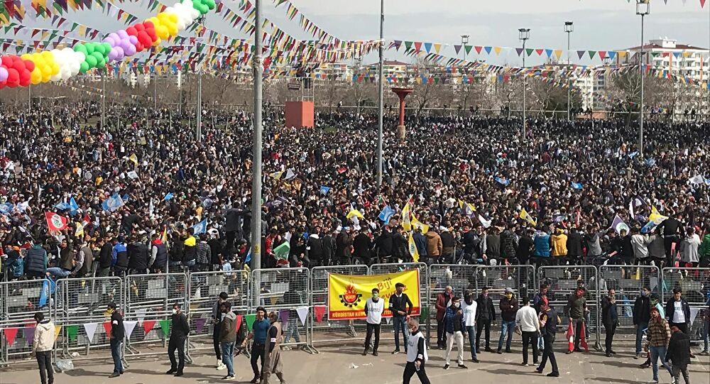 Diyarbakır'da Nevruz kutlaması başladı