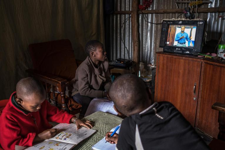 UNESCO: Dünyadaki öğrencilerin yalnızca dörtte biri uzaktan eğitime erişebiliyor