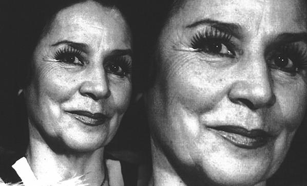Tiyatro oyuncusu Handan Ertuğrul hayatını kaybetti