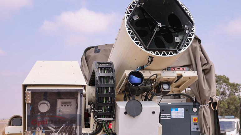 İsrail İHA'ları vuracak lazer silahını test etti