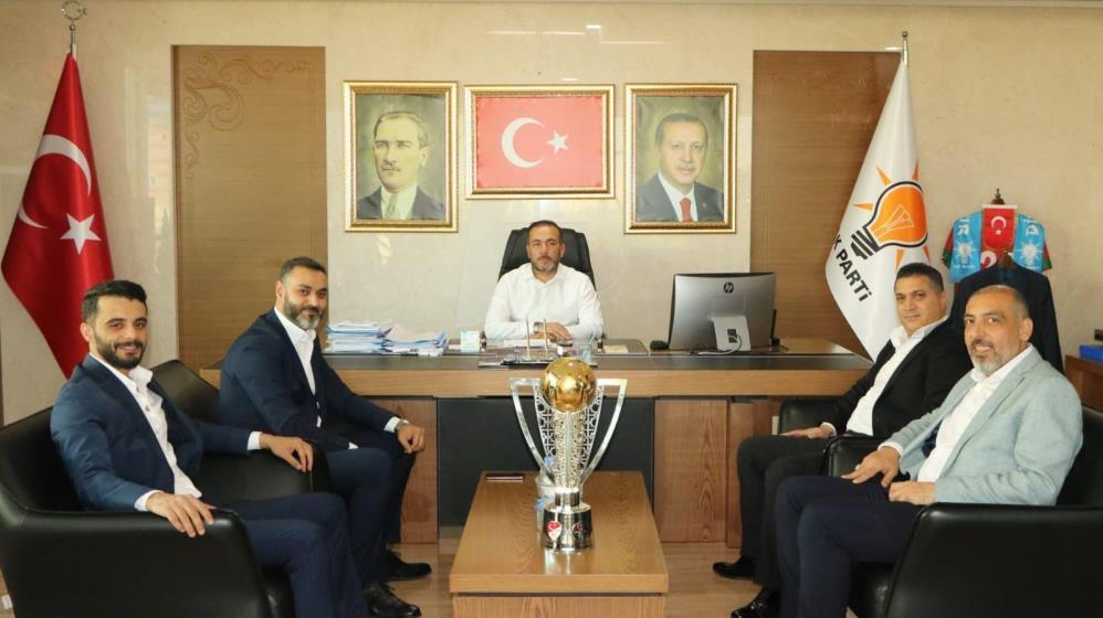 Diyarbekirspor'dan Vali Karaloğlu'na kupalı ziyaret