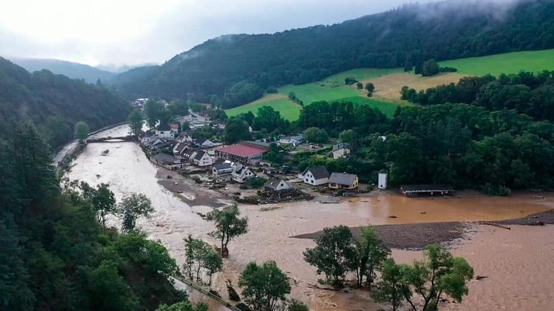 Avrupa'da sel felaketi: En az 183 can kaybı