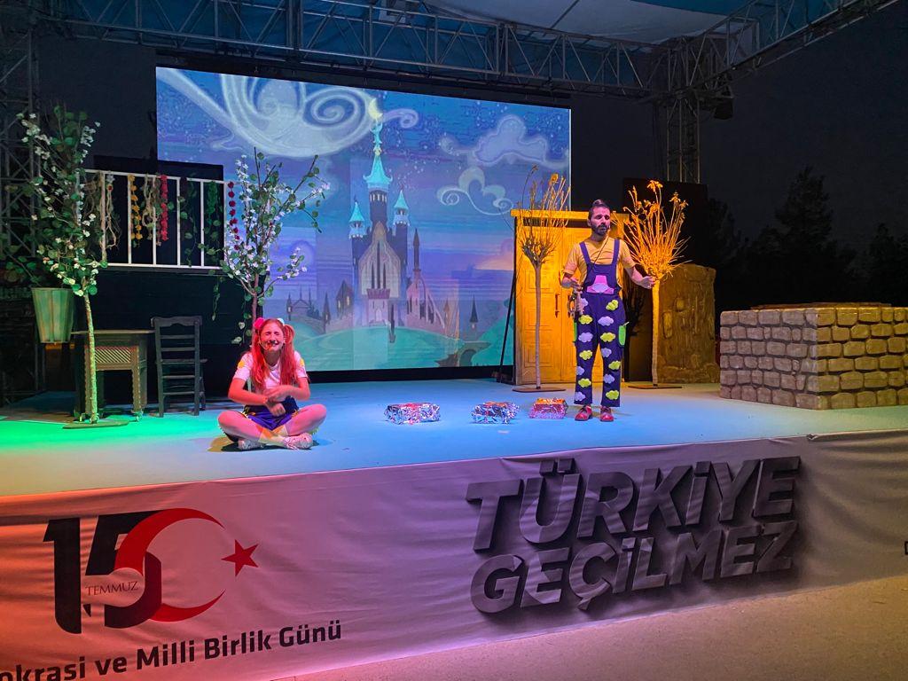 Bismil Belediyesi, Çocukları Tiyatroya Doyurdu
