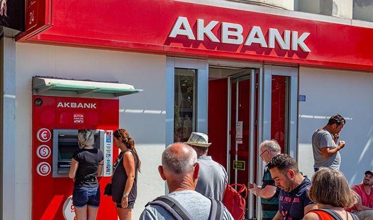 Akbank'ta ana bilgisayarlar çöktü