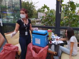 Diyarbakır'da kafe çalışanları ve müşteriler aşı oldu