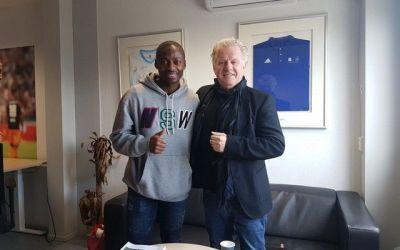Eyong Enoh (35) keert terug bij Ajax, maar nu in de Derde_Divisie !!!