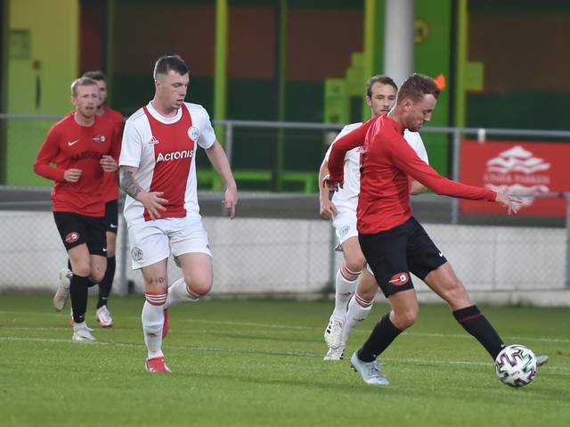 Zaterdag 2 wint oefenduel van Wartburgia (4-2)