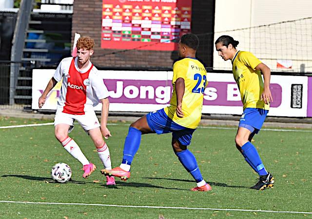 Ajax verliest van Staphorst…0-3