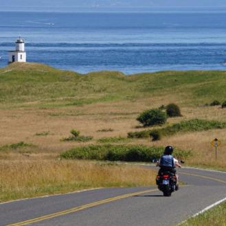 Motorcyclist to Cattle Point