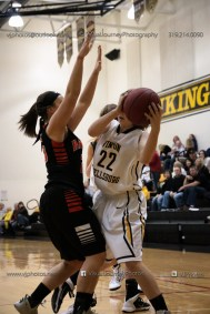 Vinton-Shellsburg vs West Delaware Varsity-9750