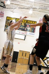 Vinton-Shellsburg vs West Delaware Varsity-9896