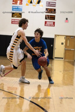 JV Boys Basketball Vinton-Shellsburg vs Benton Community-1026